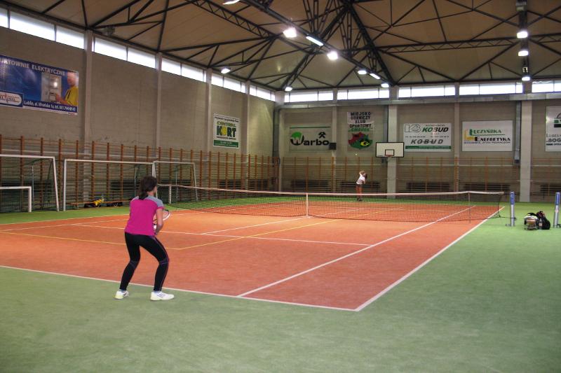 tenis-leczna